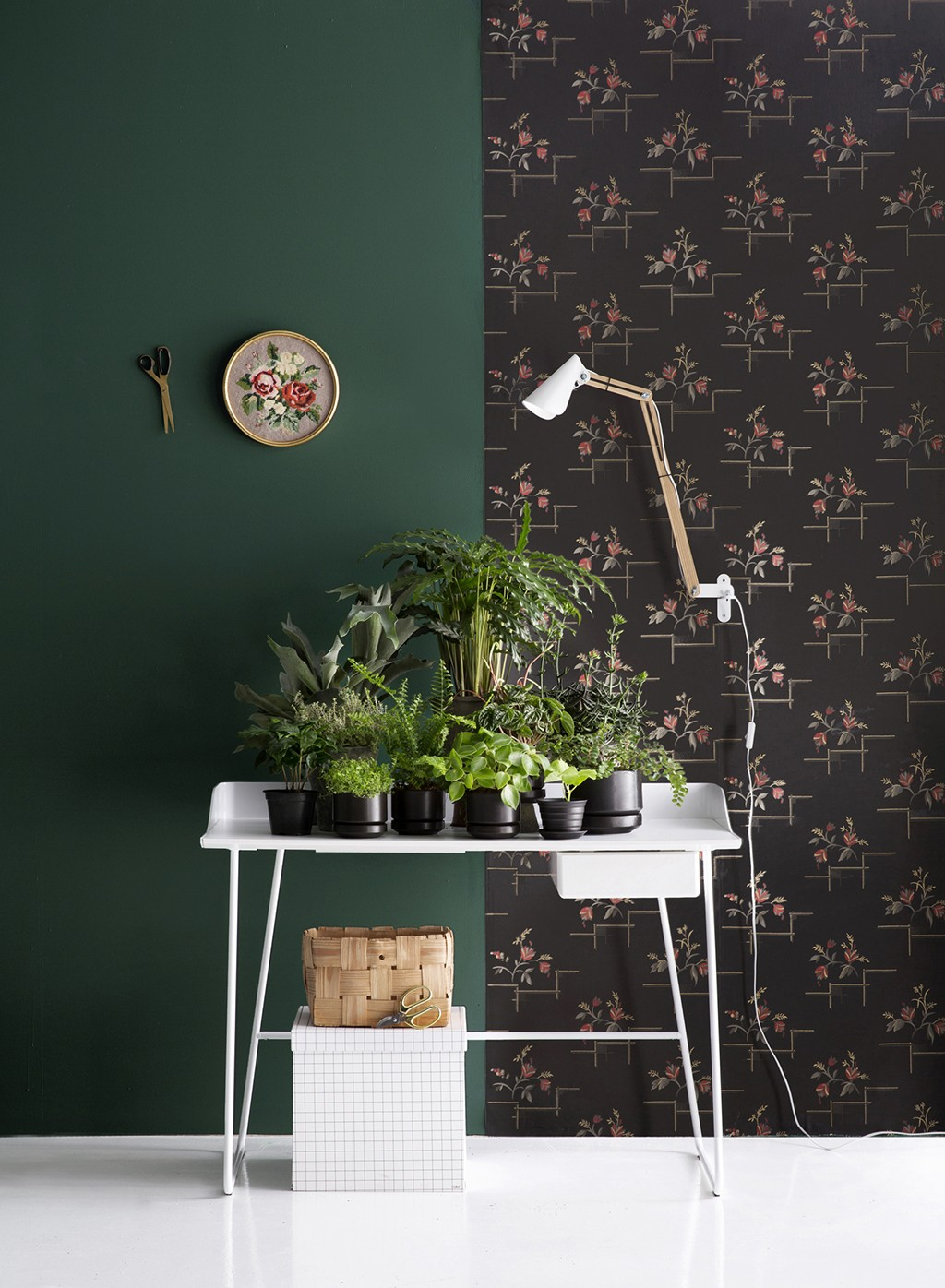 Green is a new black for Deko-magazine by Susanna Vento