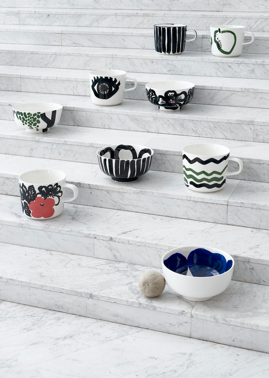 Marimekko – 10th anniversary of the Oiva tableware for  by Susanna Vento